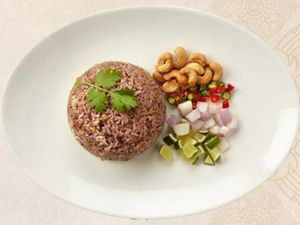 Thai Olive Fried Rice With Minced Chicken